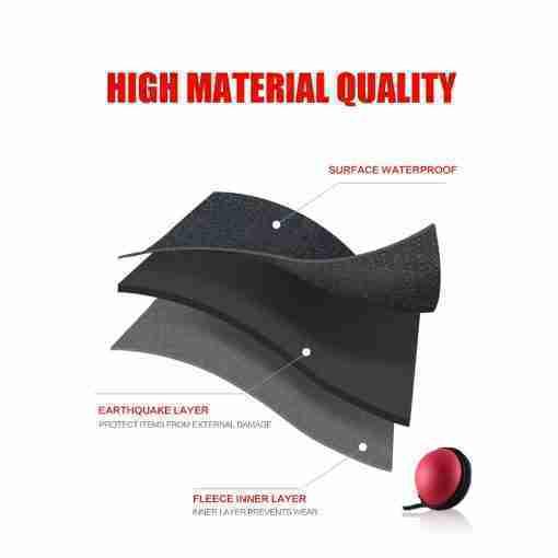 กระเป๋า Poke Ball Plus วัสดุภายในปกป้องลูกบอลได้เป็นอย่างดี